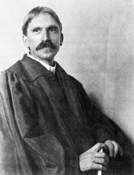 458px-John_Dewey_in_1902