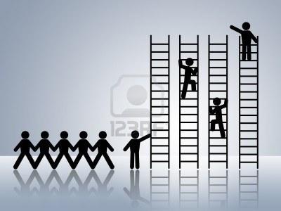8558540-catena-di-carta-figure-uomo-d-39-affari-salire-scala-del-successo-e-ottenere-la-promozione-dell-39-o