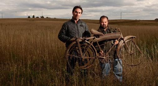Caçadores-de-relíquias-moto
