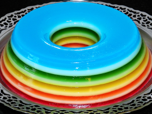 gostei-e-agora-gelatina-colorida-camadas-rainbow-jello-04