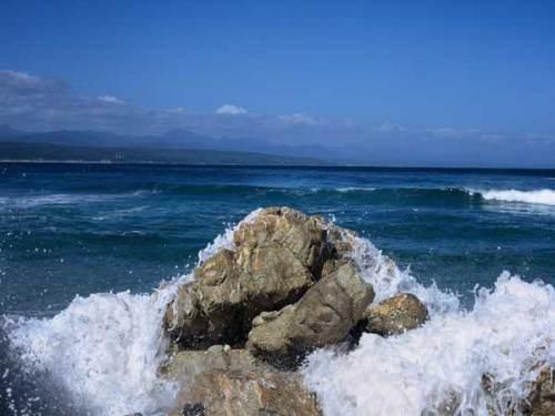 sea_rocks_90503678