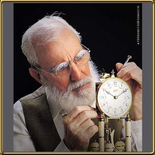 Old_man_watch