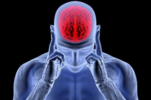 Enxaqueca aumenta o risco de lesões no cérebro
