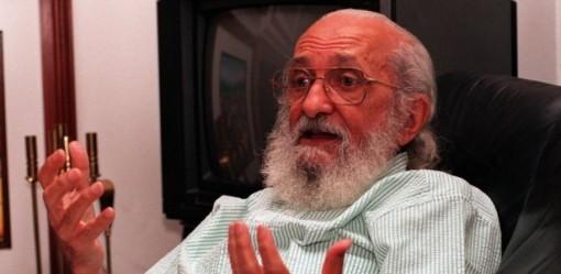 o-pedagogo-paulo-freire-em-sua-casa-em-sao-paulo-foto-de-1994-1283192927958_615x300